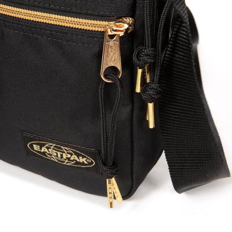 Eastpak Skuldertaske The One Sort/Guld 4