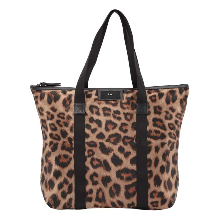 Shopper Day GW P Leo  Leopard 1